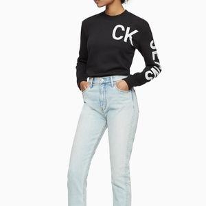 CALVIN KLEIN Hero Crewneck Cropped Sweatshirt